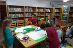 zajęcia w bibliotece w Jodłówce 004